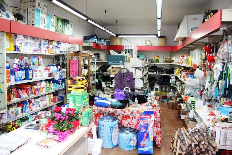 Orvieto (ciconia) - Vendesi locale commerciale con  magazzino. Disponibile anche in affitto. Rif. 4995581