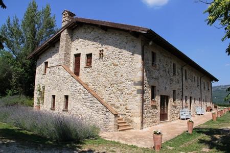 Villa vendita ORVIETO (TR) - 7 LOCALI - 600 MQ