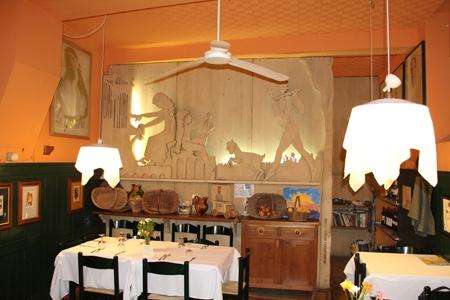 Orvieto  centro storico –  vendesi attività commerciale di trattoria/ristorante + licenza e attrezzatur (disponibile anche in affitto) Rif. 4057613