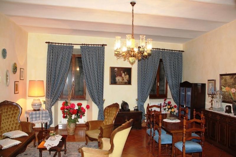 Orvieto centro - Affittasi spazioso appartamento arredato al primo piano