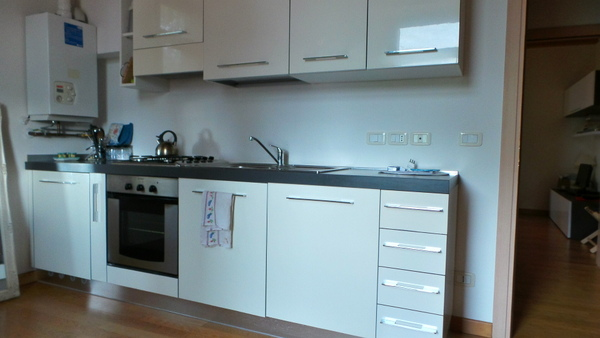 Appartamento da ristrutturare arredato in affitto Rif. 9462524
