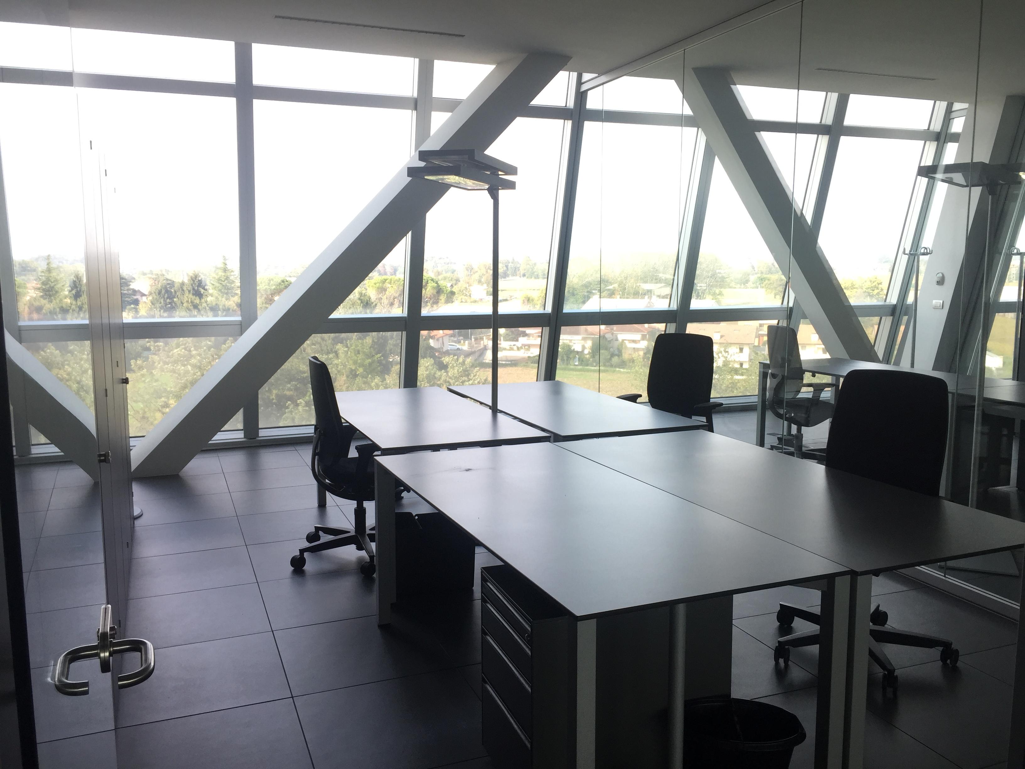 Ufficio / Studio in affitto a Udine, 2 locali, prezzo € 4.200   CambioCasa.it