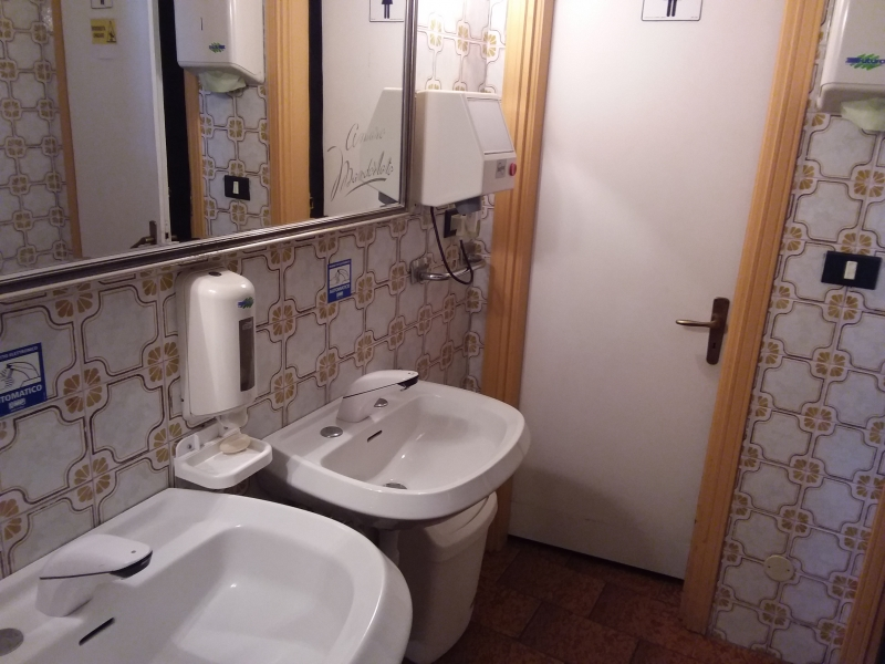 Albergo in vendita a Mondovì, 25 locali, Trattative riservate | PortaleAgenzieImmobiliari.it