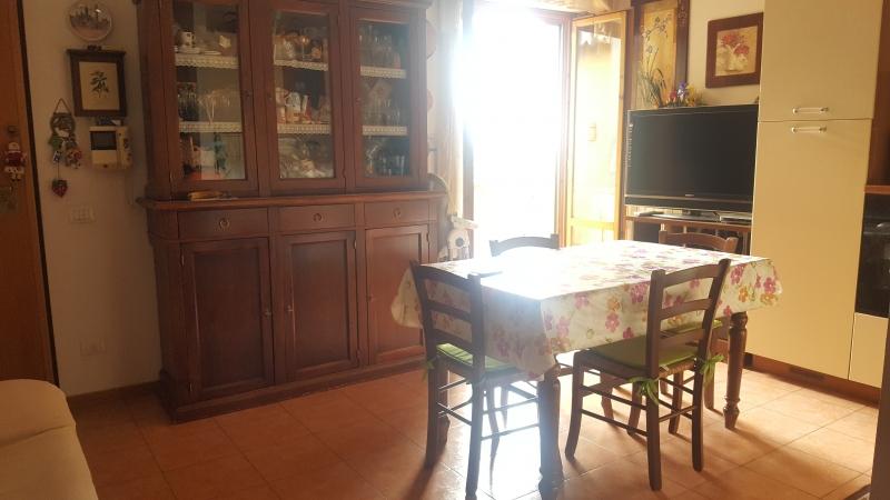 Appartamento ristrutturato arredato in vendita Rif. 5755577