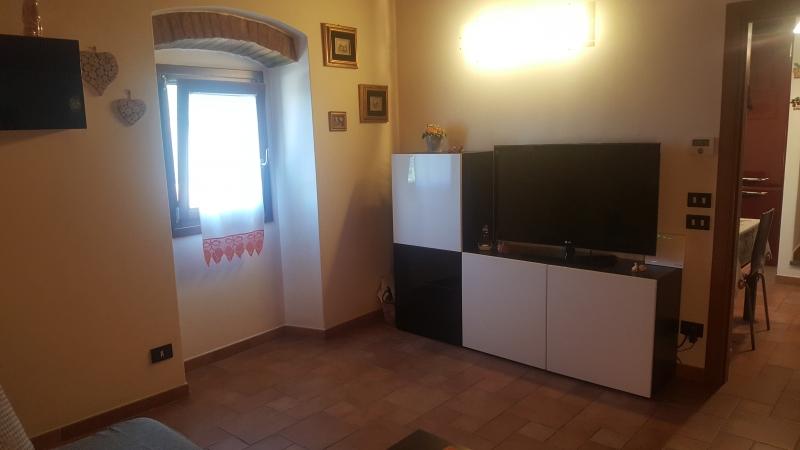 Appartamento ristrutturato in vendita Rif. 7434034