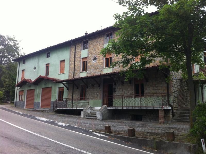Rustico / Casale in discrete condizioni in vendita Rif. 11255202