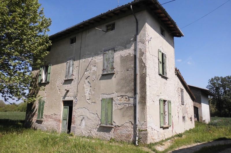 Rustico / Casale in discrete condizioni in vendita Rif. 11656767