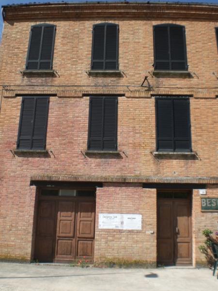 Casa Indipendente in discrete condizioni in vendita Rif. 12126805