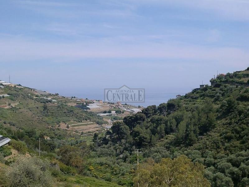 Appartamento in vendita a Castellaro, 3 locali, prezzo € 98.000 | CambioCasa.it