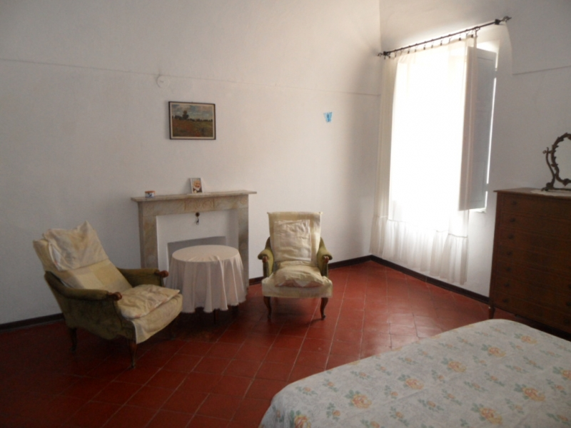 Appartamento da ristrutturare in vendita Rif. 4054862