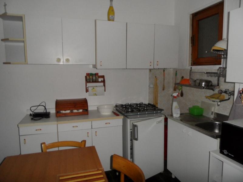 Appartamento in discrete condizioni in vendita Rif. 9706101
