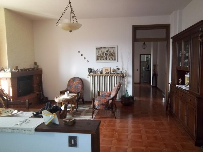 Appartamento da ristrutturare in vendita Rif. 7662313