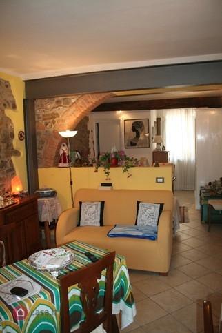 Appartamento ristrutturato in vendita Rif. 11131122