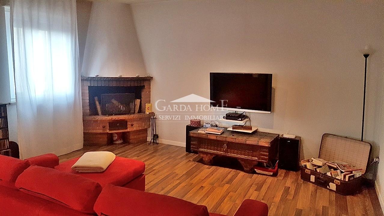 Desenzano del Garda vendesi appartamento 4 vani 120 Mq