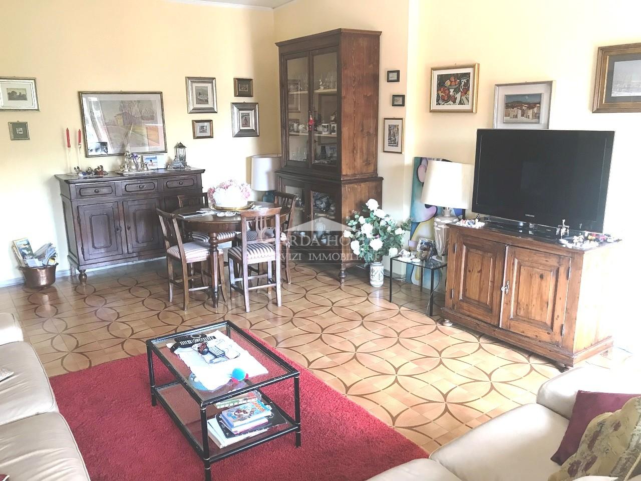 Appartamento da ristrutturare in vendita Rif. 10979160