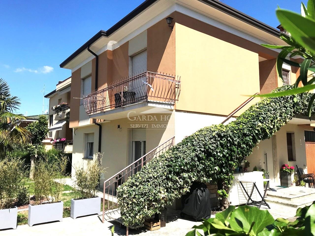 Villetta a schiera ristrutturato in vendita Rif. 11417654