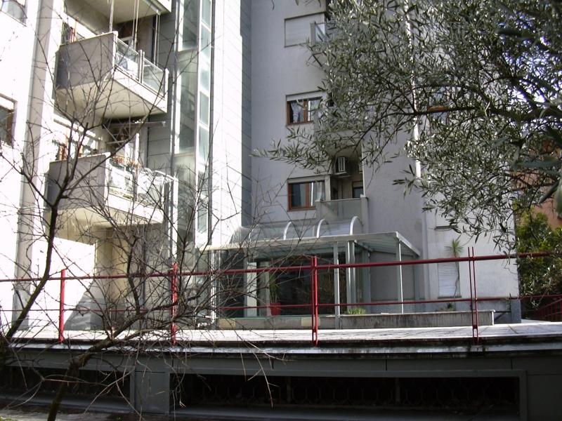 Appartamento da ristrutturare in vendita Rif. 6085665