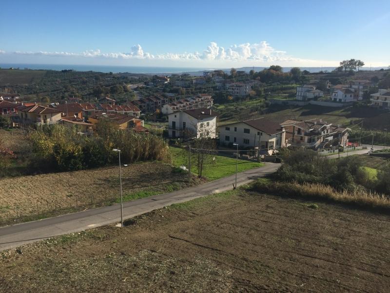 Appartamento in vendita a Cupello, 8 locali, Trattative riservate | PortaleAgenzieImmobiliari.it