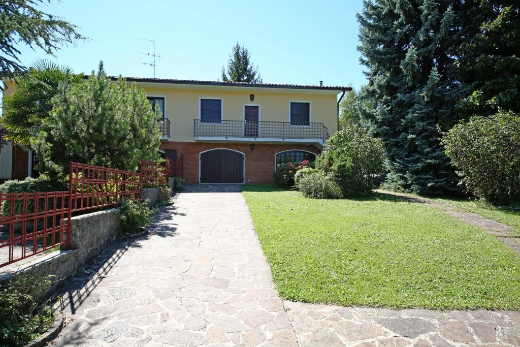 Villetta a schiera da ristrutturare in vendita Rif. 9253239