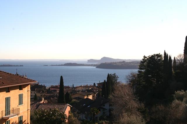 Gardone Riviera vendesi appartamento 4 vani 115 Mq