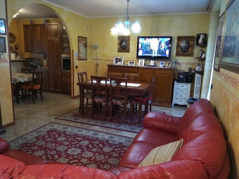 Villetta a schiera da ristrutturare in vendita Rif. 11189614