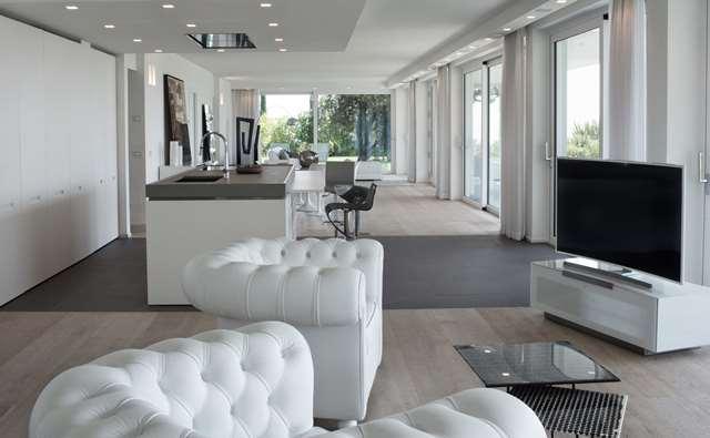 Padenghe sul Garda vendesi immobile di prestigio 6 vani 319 Mq