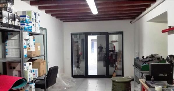 Brescia vendesi negozio 2 vani 88 Mq Rif. 9315440