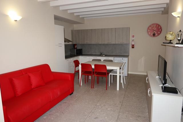 Toscolano-Maderno vendesi appartamento 3 vani 72 Mq
