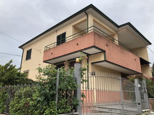 Calcinato vendesi villa 240 Mq