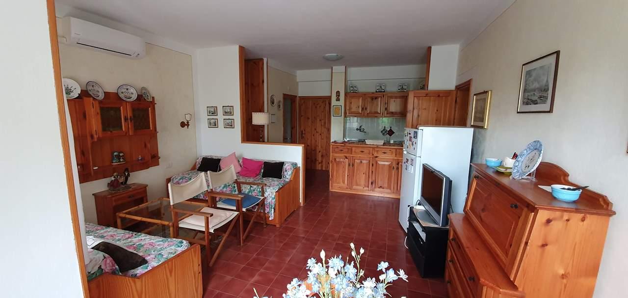 Appartamento in vendita a Manerba del Garda, 3 locali, prezzo € 150.000 | PortaleAgenzieImmobiliari.it