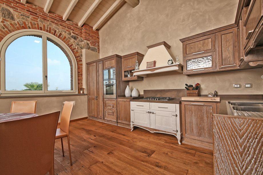 Rustico / Casale da ristrutturare in vendita Rif. 11189472