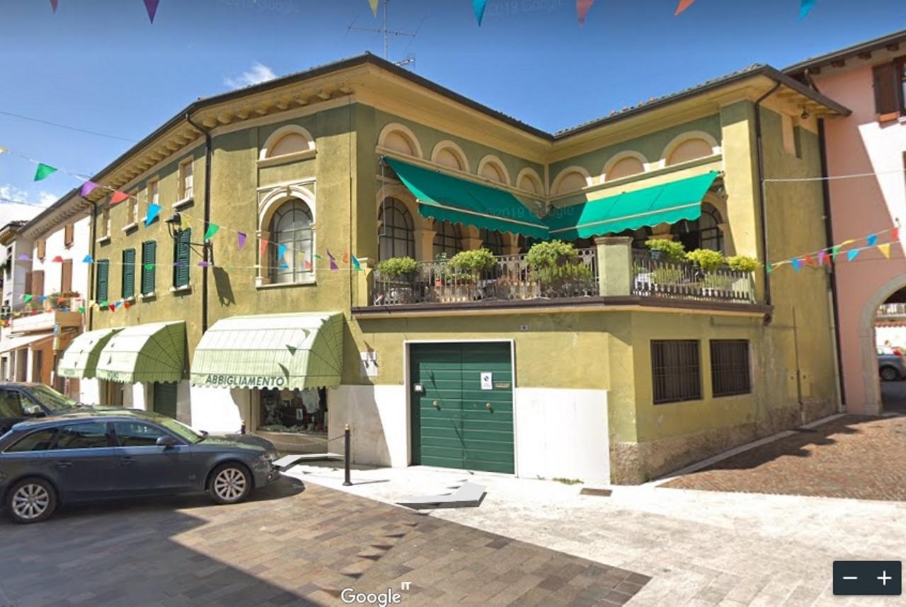 Appartamento da ristrutturare in vendita Rif. 11609735