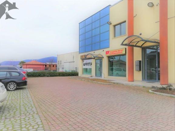 Negozio / Locale in affitto a Paitone, 2 locali, prezzo € 550 | PortaleAgenzieImmobiliari.it
