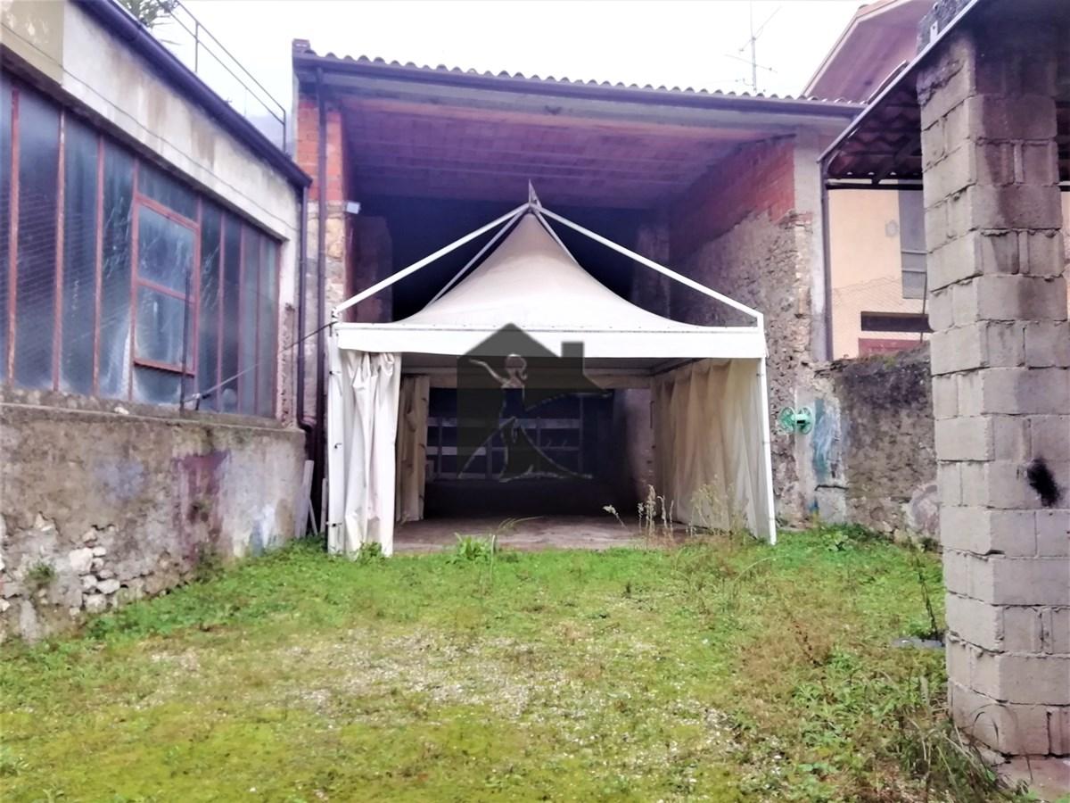 Rustico / Casale in vendita a Nuvolento, 4 locali, prezzo € 70.000 | PortaleAgenzieImmobiliari.it