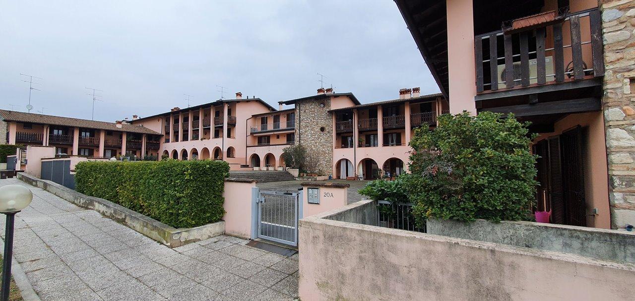 Appartamento in vendita a Padenghe sul Garda, 3 locali, prezzo € 278.000 | PortaleAgenzieImmobiliari.it