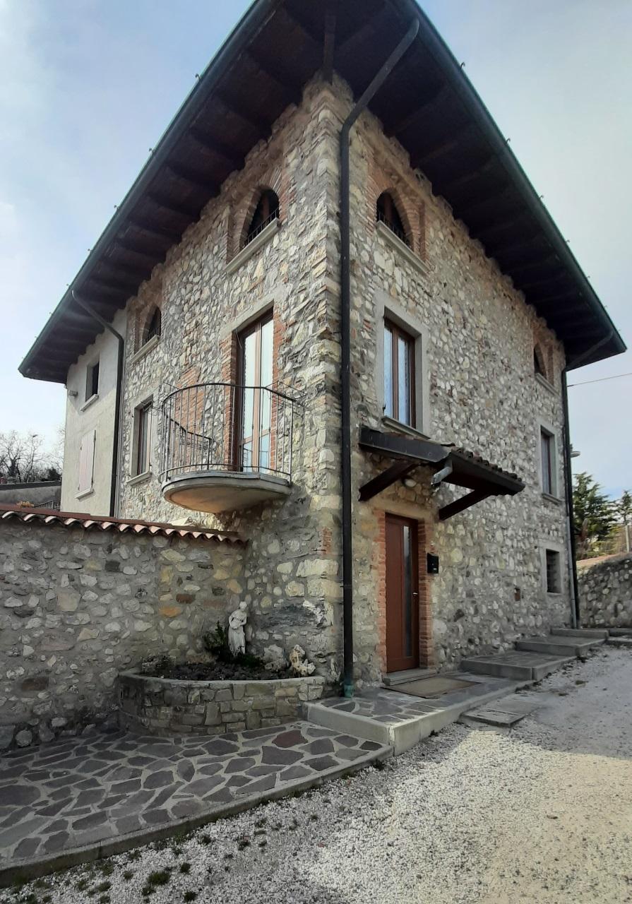 Appartamento in affitto a Polpenazze del Garda, 3 locali, prezzo € 700   PortaleAgenzieImmobiliari.it
