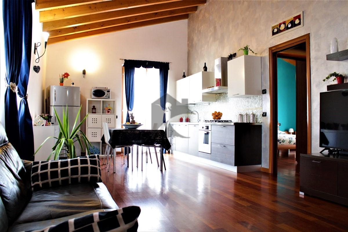 Appartamento in vendita a Calcinato, 3 locali, prezzo € 165.000 | PortaleAgenzieImmobiliari.it