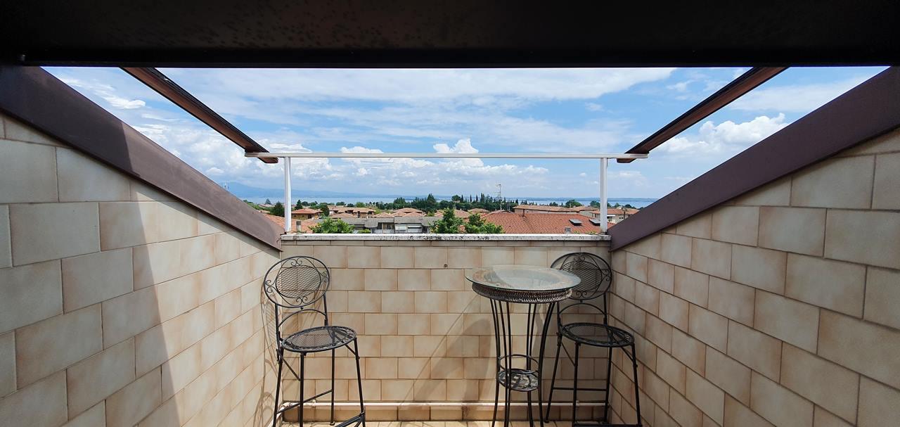 Appartamento in vendita a Padenghe sul Garda, 2 locali, prezzo € 120.000 | PortaleAgenzieImmobiliari.it