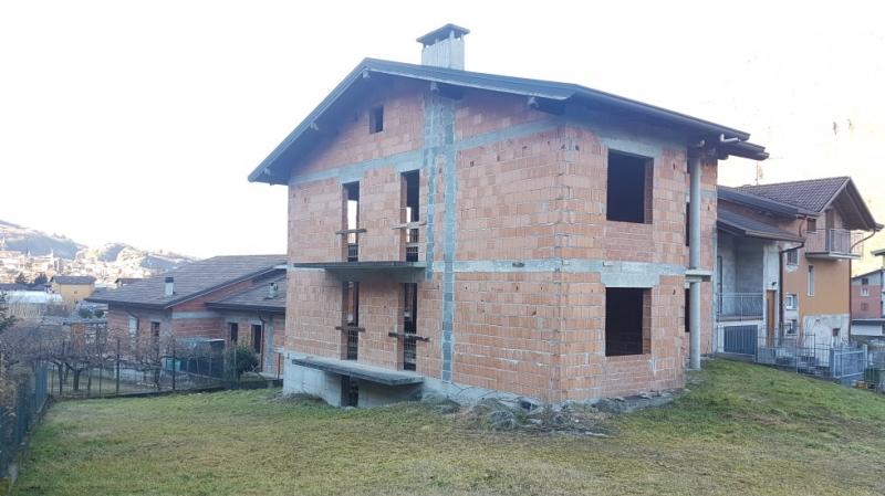 Casa Indipendente in ottime condizioni in vendita Rif. 9706435