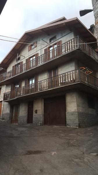 Appartamento ristrutturato arredato in vendita Rif. 4995759