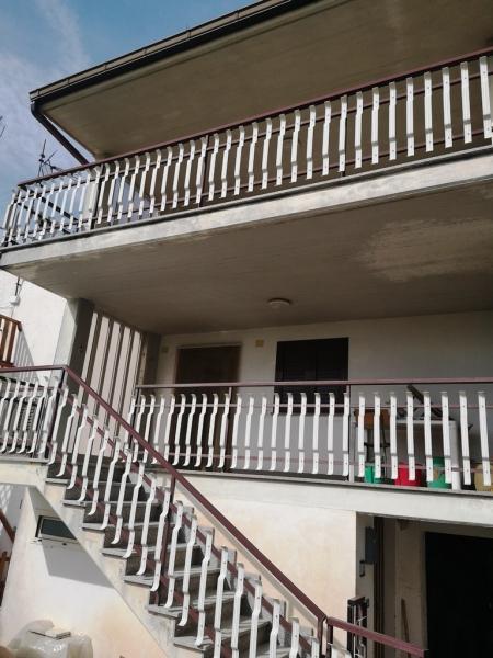 Casa indipendente 80 mq  in Vendita a Isernia in Contrada Colle Cioffi