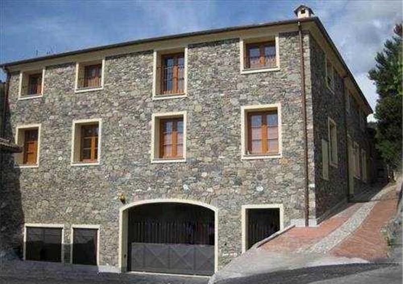 Appartamento in vendita a Arnasco, 3 locali, Trattative riservate | PortaleAgenzieImmobiliari.it