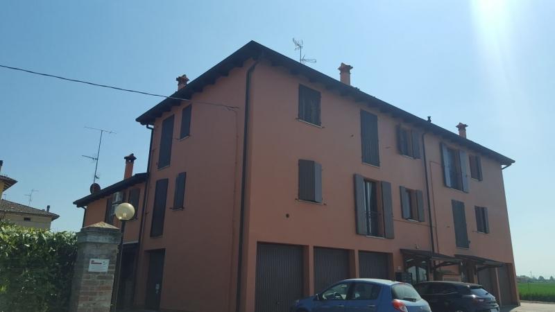 Appartamento da ristrutturare post_categories_options/property_options.data.interior_decoration.data.20 in vendita Rif. 4052775