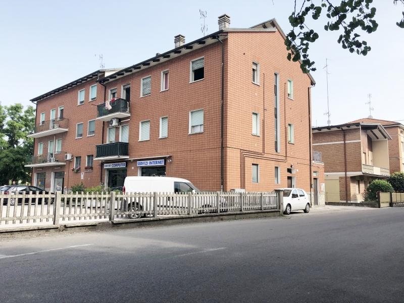 Vendesi Crevalcore - appartamento con due camere sui viali