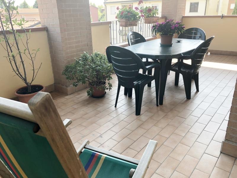 Vendesi Crevalcore -bilocale con ampio terrazzo abitabile