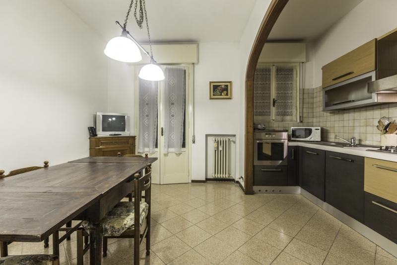 Appartamento da ristrutturare arredato in vendita Rif. 8603563