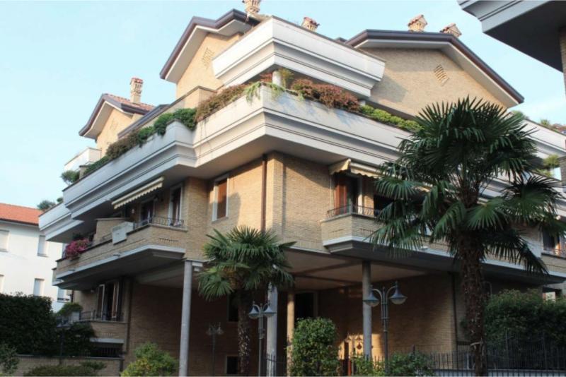 Appartamento in vendita a Cesano Maderno, 3 locali, prezzo € 239.000 | PortaleAgenzieImmobiliari.it