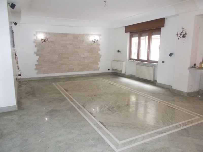 Appartamento in vendita a Aversa, 4 locali, prezzo € 190.000 | CambioCasa.it