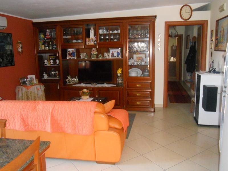 Attico / Mansarda in vendita a San Marcellino, 3 locali, prezzo € 100.000 | PortaleAgenzieImmobiliari.it