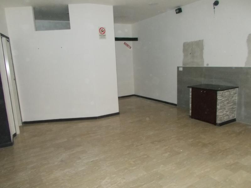 Altro in affitto a Trentola-Ducenta, 1 locali, prezzo € 400   CambioCasa.it